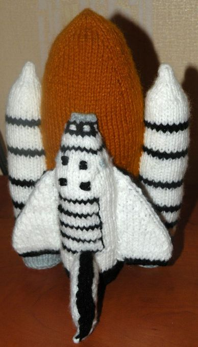 knitted discovery space shuttle