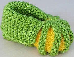 Newborn knitted booties