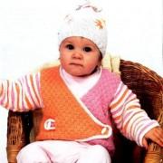 rosa-orange jakke og cap-senpolia