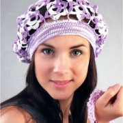 beret with flowers