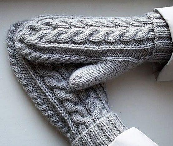 gestrickte Handschuhe