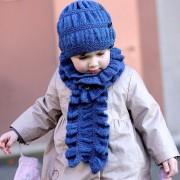 Scarf and beanie for little princess