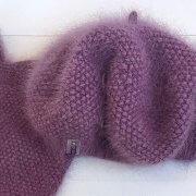 Flauschige und warme Baskenmütze